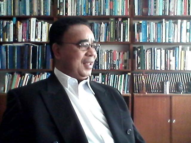 Dr. Damianus Abun