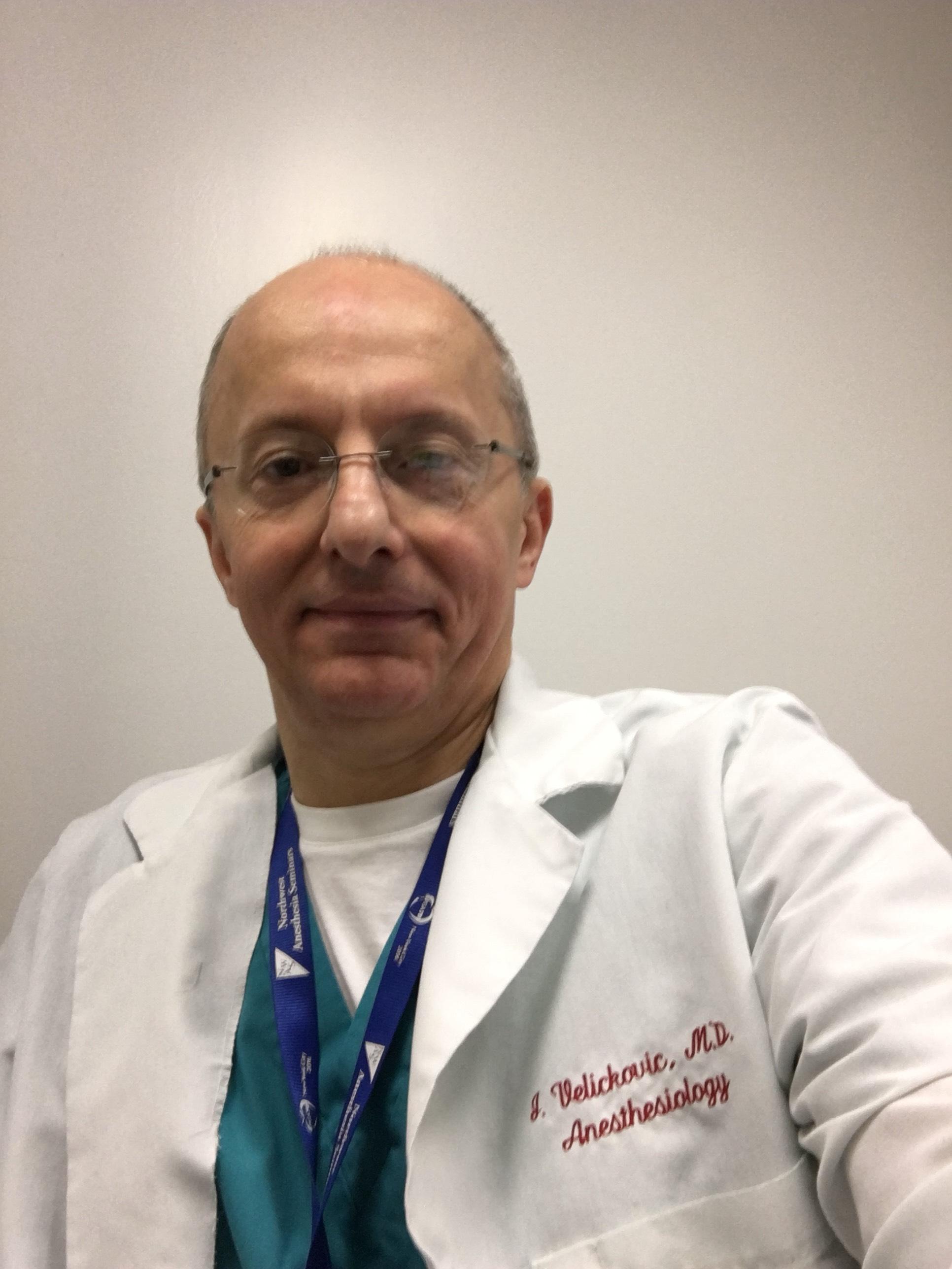 Dr. Ivan Velickovic