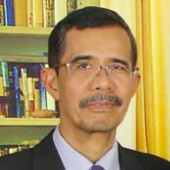 Dr. Asmuddin Natsir