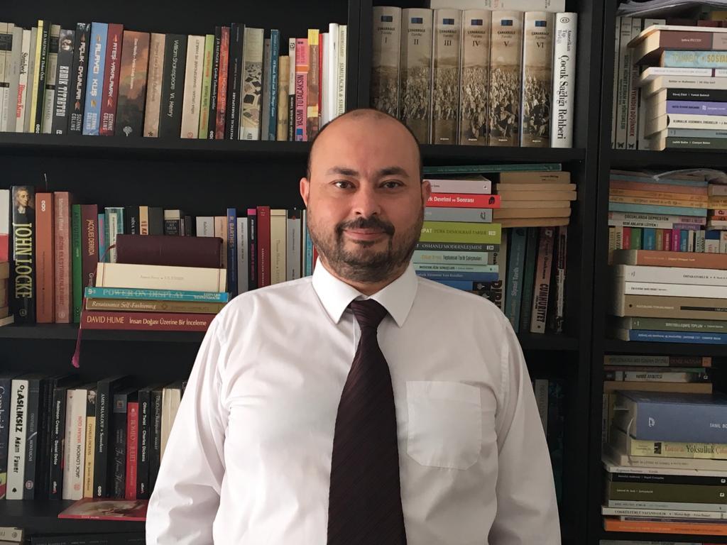 Dr. Kenan Yerli