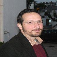 Dr. Gianluigi De Gennaro